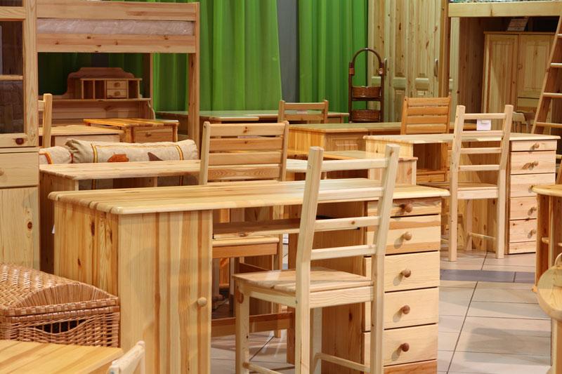 Мебель из сосны: интересные нюансы использования
